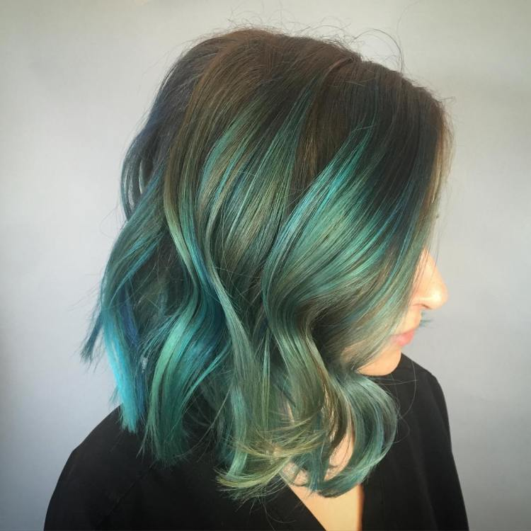 Blonde Hair With Green Highlights