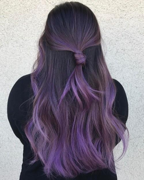 Lange Pastell Lila Balayage Haar
