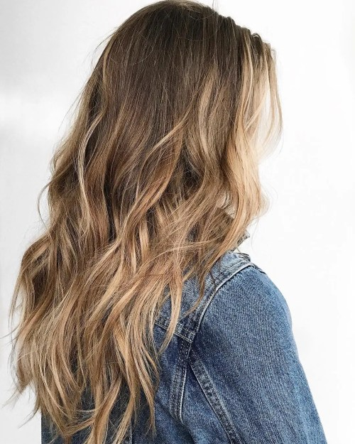 Tousled Hair With Caramel Balayage