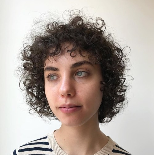 Shorter Hairstyle for Thin Curly Hair