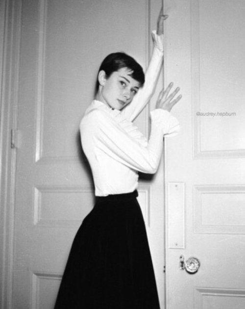 Audrey Hepburns Pixie Cut