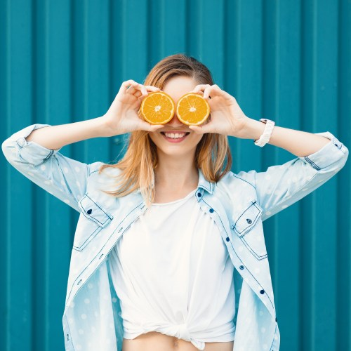 How to Lighten Hair with Vitamin C