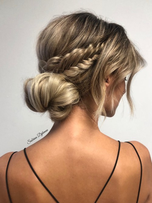Hairstyle with Clip-In Fishtail Braid