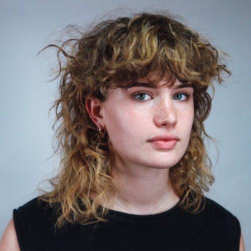 70s Inspired Curly Shaggy Hair
