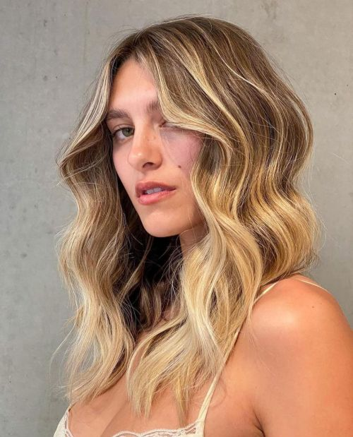 Caramel Highlights on Medium Brown Hair