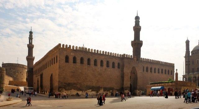 2880px-Cairo,_cittadella,_moschea_di_an-nasr_mohammed,_1318-1335,_01