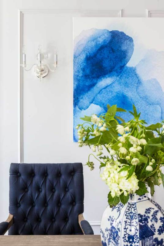 Upper-East-Side-Classic-6-Interior-Design-watercolor-photo-and-vase-with-flowers