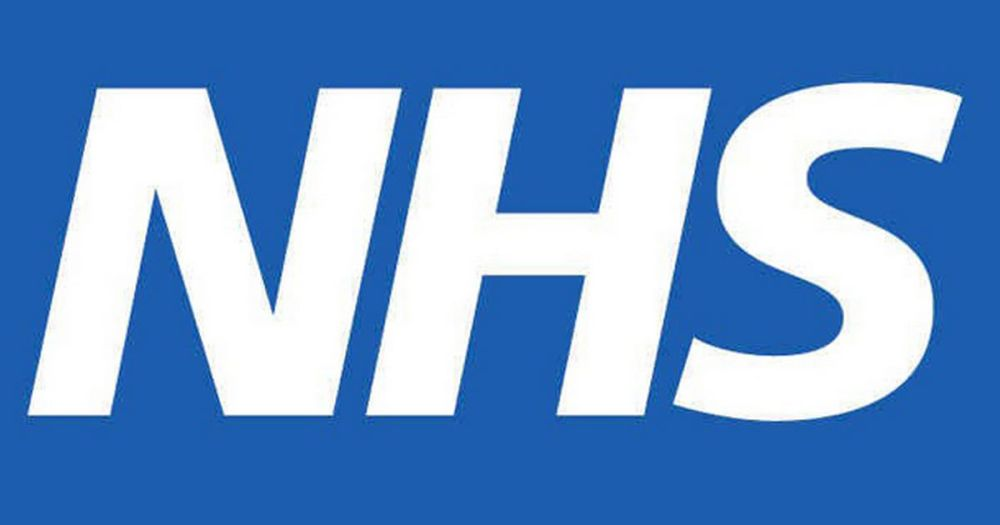 The NHS (National Health Service) (1/4)