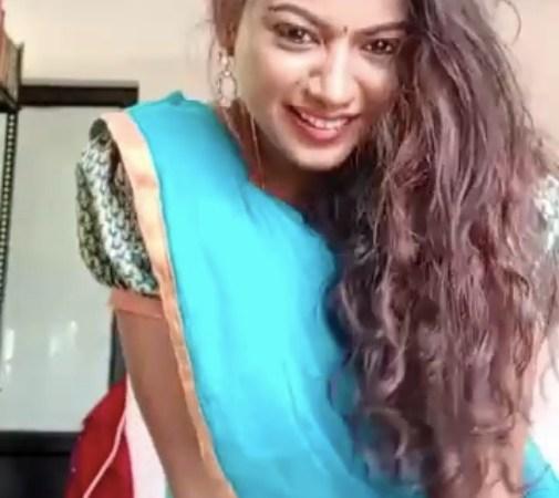 ரியாக்சனில் சில்க் சுமிதாவை மிஞ்சிய தமிழ் பெண்