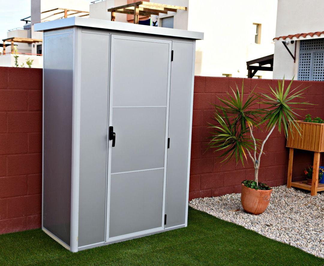 Thermoestank trasteros garajes y armarios prefabricados for Armario para patio