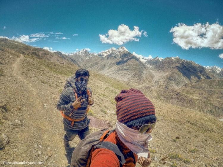 kunzum pass to chandratal lake trek