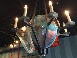Plate chandelier