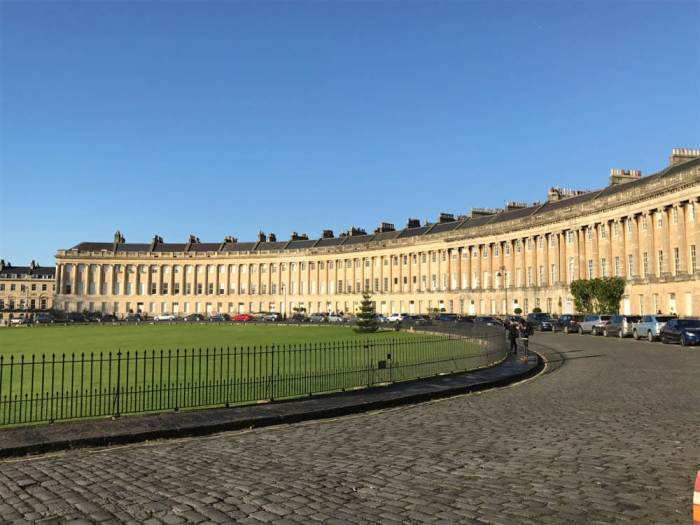 Royal Crescent with drive in Bath