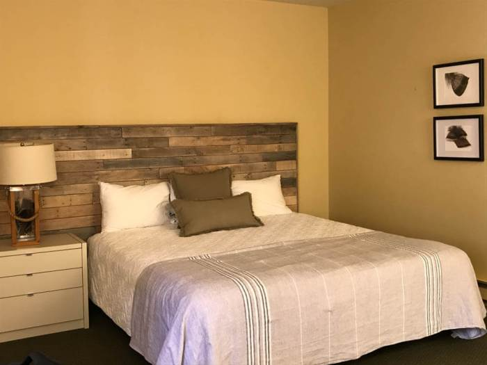 Deluxe guest room at Marconi Historic State Park