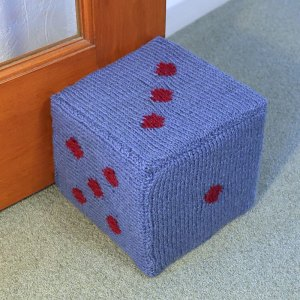 Dice knitting pattern
