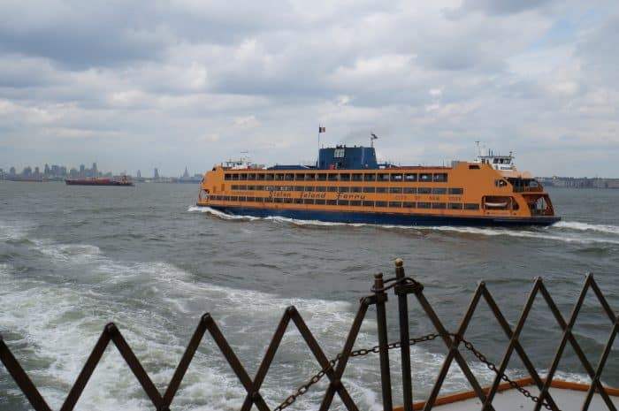 Staten island ferry, The 5 Boroughs of New York, Exploring NYC off the beaten path, NYC, Boros, The Bronx, Queens, Manhattan, Brooklyn, Staten island, Brooklyn Bridge, The Mets, Yankees, baseball, highline, off the beaten track, alternative things to do, things to see in, information about the outer boroughs of new york, graffiti,