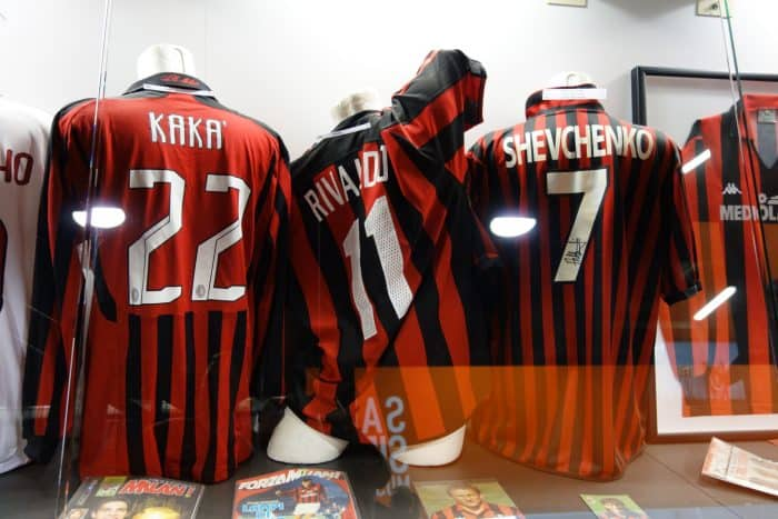 ac milan, inter milan, san siro, football stadium, soccer, milan, milano, italy, italia, rivalry, tour, how to visit, how to get to the san siro, history,