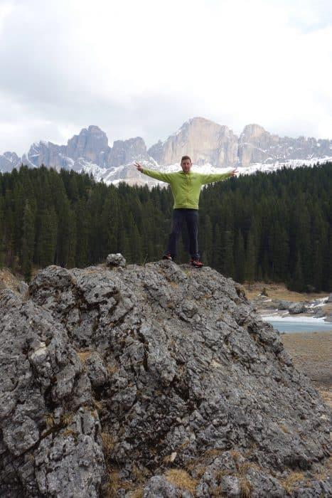 Lago di Carezza, lake, mountains, Dolomites, dolomiten, dolomiti, beautiful, nature, italy, italia, bolzano, bozen, things to do, how to get to the Lago di Carezza, sud tyrol, south tyrol, tirol, austria, outdoors, hike, hiking, Italien,