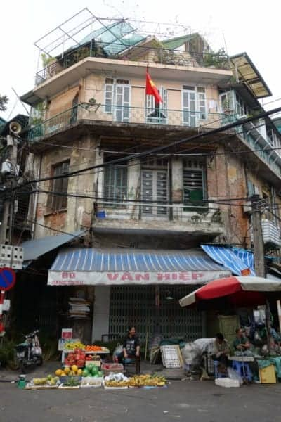 Hanoi Vietnam, Things to do in Hanoi, what do do in Hanoi, top activities in Hanoi, Ha Noi, things to see, motorbike through Vietnam, bikes, backpacking, travel, time, love, hate, Hoan Kiem Lake, Old quarter, Hoa Lo Prison, Bia Hoi, Banh Mi, Sapa, Ninh Binh, Ha long Bay, Vietnam Hanoi, Vietnam, Hanoi attractions,