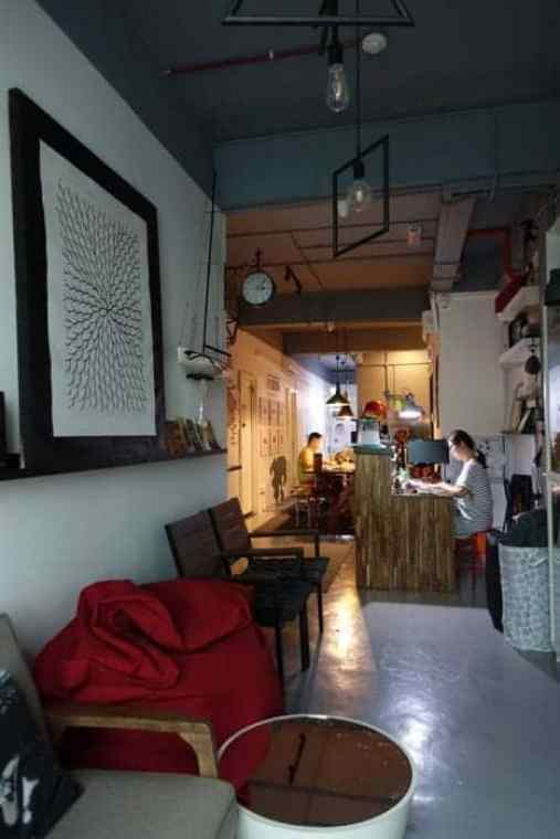Faloe Hostel, Kota Kinabalu: A modern, homely and down right perfect hostel in this amazing city on Borneo!