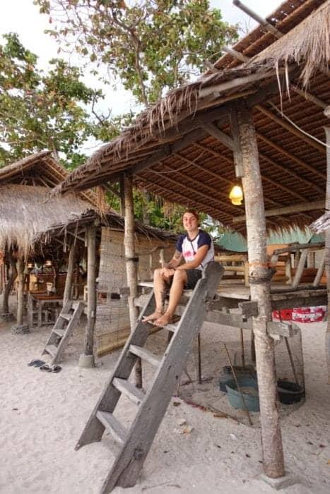 A guide to the unbelievable paradise Gili islands in between Lombok and Bali where you can swim with turtles! Indonesia, Gili Air, Gili Meno, Gili T, Gili Trawangan, Gili trawangan accomodation, transport, boat, ferry, fast boat, Gili islands from Bali, Turtles, snorkel, SCUBA, beach, honeymoon, resort, cost, bali gili islands, gili air accommodation, Gili islands hotels, hostel, backpackers, Gili islands Indonesia, the gili islands, Lombok, Villa, resort, boat to Gili,