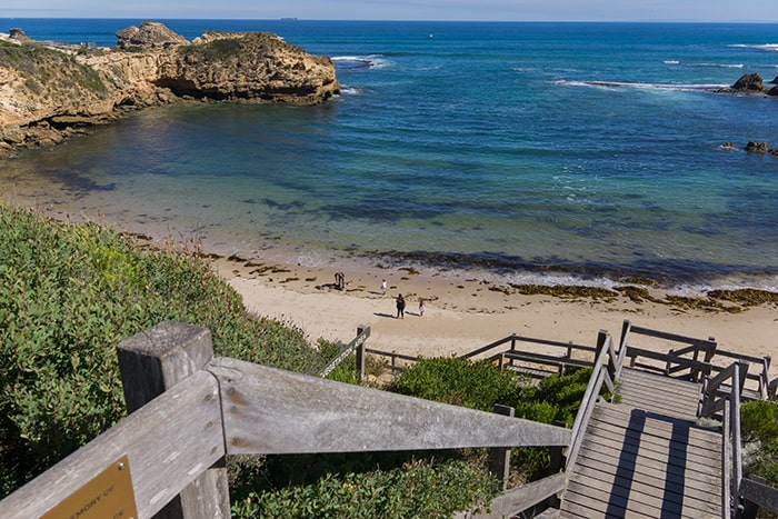How to spend the most incredible day on Mornington Peninsula, from Melbourne, Mornington Peninsula day trip, Mornington Peninsula day trip from Melbourne, Melbourne day trips, Sorrento, Mornington peninsula day tour, mornington peninsula day tour itinerary, day trips to mornington peninsula from melbourne, mornington peninsula wineries, mornington tour, day trips from melbourne, alternative to Great Ocean Road, mornington peninsula trip, beaches near Melbourne, best beaches in Melbourne, London bridge Melbourne, best coast near Melbourne, rock pools Melbourne, Coastal walks Melbourne, Sorrento back beach, rye, beach boxes, Port Nepean National Park, Melbourne day trip