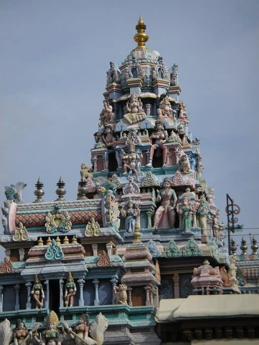 Penang Itinerary: What to do in Penang in 3 days. A Guide to this Beautiful & Historic Town in Malaysia: Sri Mahamariamman Temple, Hindu Temple, tower, Gopuram, George Town