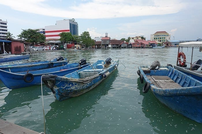 Penang Itinerary: What to do in Penang in 3 days. A Guide to this Beautiful & Historic Town in Malaysia: George Town, Clan Jetty, Local life, Village, Harbour