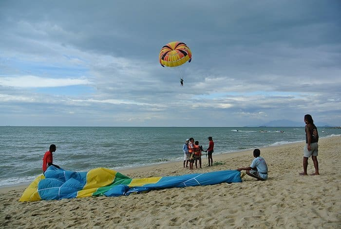 Penang Itinerary: What to do in Penang in 3 days. A Guide to this Beautiful & Historic Town in Malaysia: Batu Ferringhi Beach, George Town