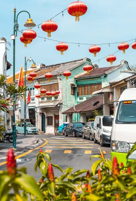 Penang Itinerary: What to do in Penang in 3 days: Georgetown Malaysia guide. Chinese Shop Houses and Lanterns