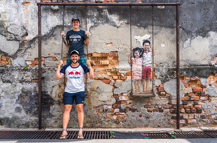 Penang Itinerary: What to do in Penang in 3 days: Georgetown Malaysia guide. Interactive street art, kids on a swing!