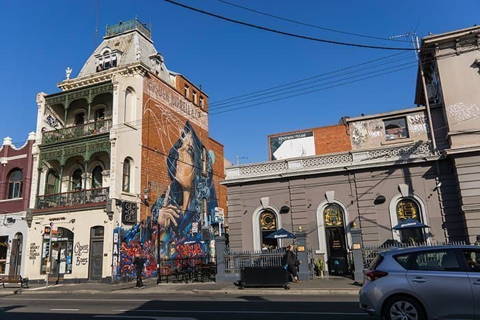 Melbourne 5 day itinerary: best places to visit in Melbourne. Fitzroy area with street art.