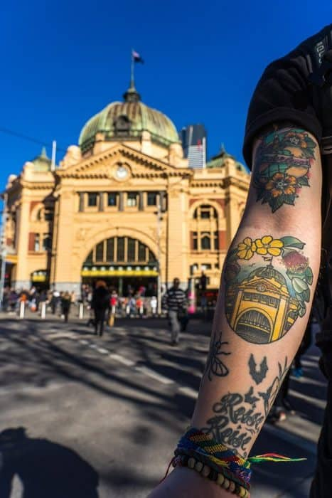 Melbourne 5 day itinerary: best places to visit in Melbourne. Flinders Street station tattoo.