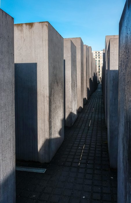 The memorial to the murdered Jews (2 days in Berlin, Things to do in Berlin, 2 days in Berlin itinerary, Berlin 2 days itinerary, Berlin in two days, 48 hours in Berlin itinerary, What to do in Berlin in 2 days, Berlin 2 days, Things to do in Berlin, backpacking Berlin, cheap, budget Berlin, Germany)