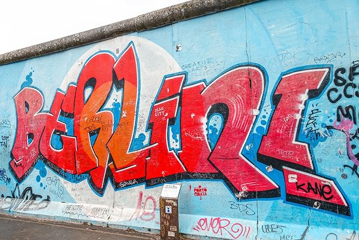 The berlin wall east side gallery (2 days in Berlin, Things to do in Berlin, 2 days in Berlin itinerary, Berlin 2 days itinerary, Berlin in two days, 48 hours in Berlin itinerary, What to do in Berlin in 2 days, Berlin 2 days, Things to do in Berlin, backpacking Berlin, cheap, budget Berlin, Germany)