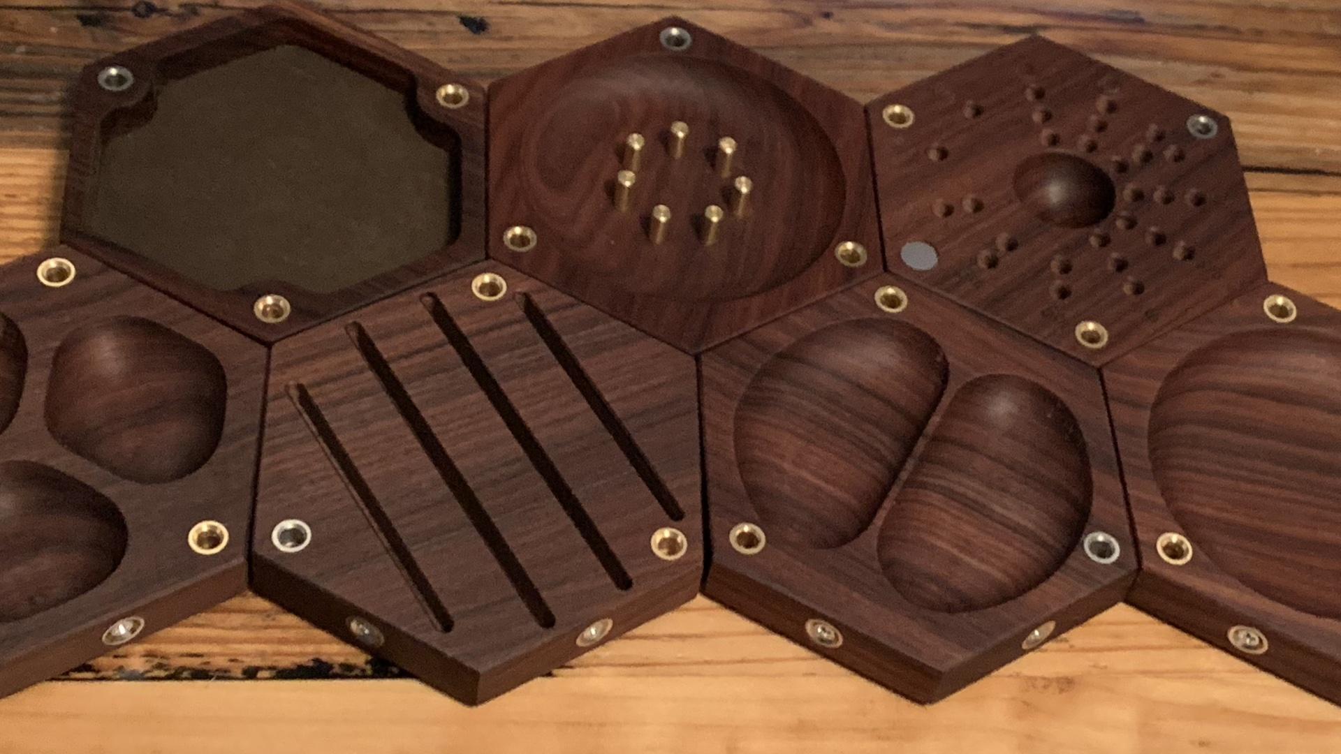 Wyrmwood Gaming Brings Tabletop Tiles to Kickstarter to Fix
