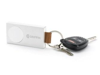 travel-power-bank-apple-watch-keys