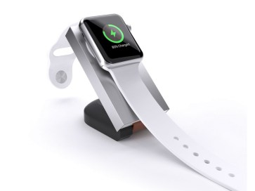 travel-power-bank-apple-watch-with-stand2