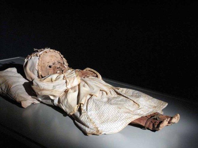 Baby, Johannes Orlovits. Image via American Exhibitions, Inc