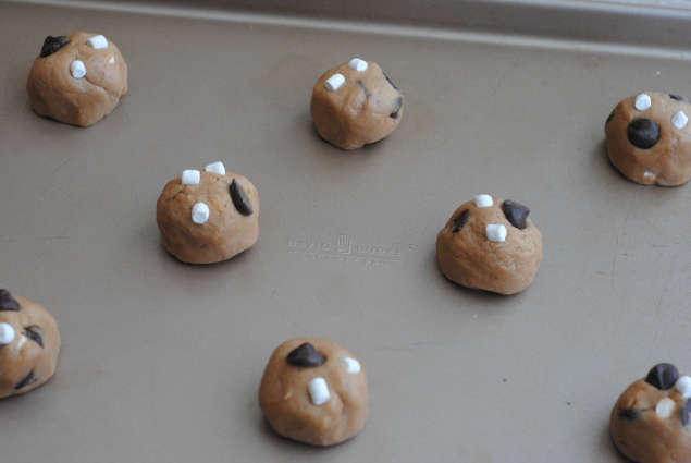 Hot Cocoa Cookies - cookie dough balls on baking sheet