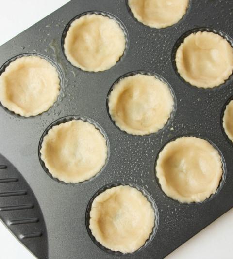 Banana Cream Pie Cups -Sugar cookie dough in muffin tin - The Rockstar Mommy