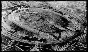 COMMENT.LAColiseum-under-construction-1922