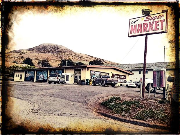 CITY LIFE.CAYUCOS SUPERMARKET*