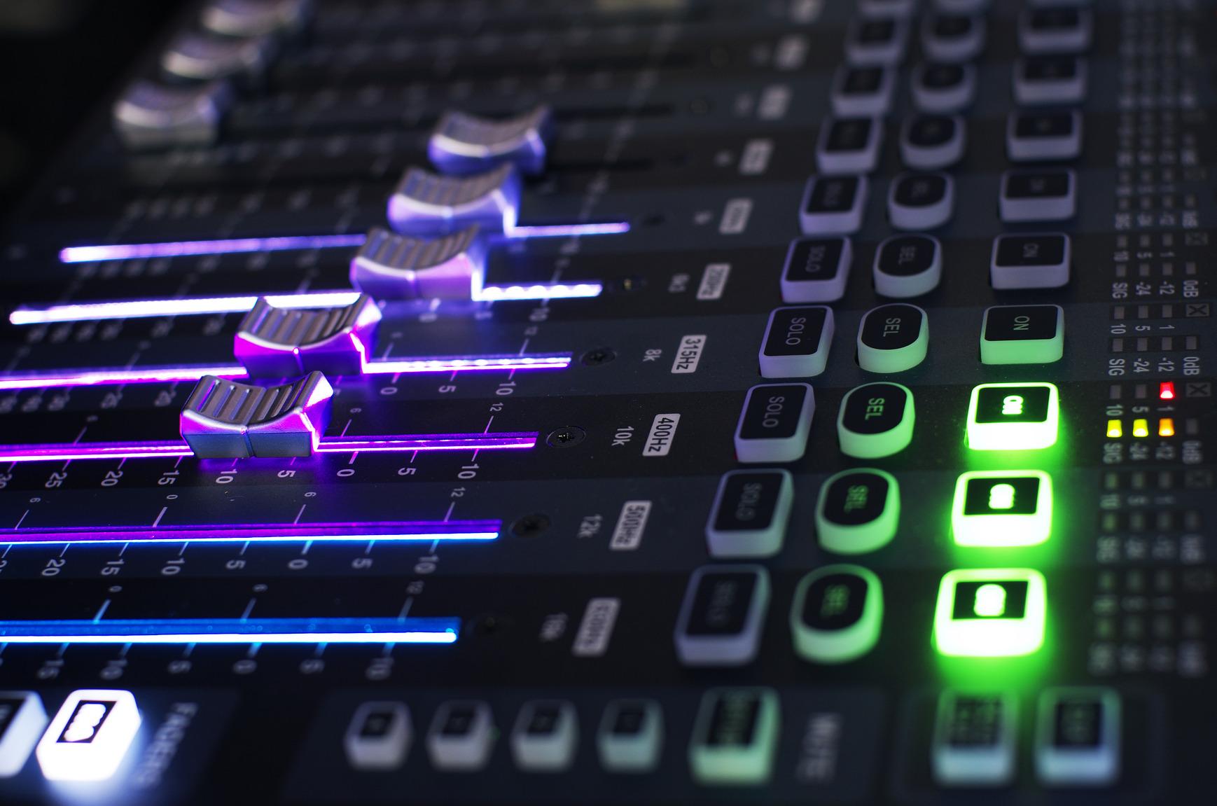 Soundboard Romantic Nerds Voicemail