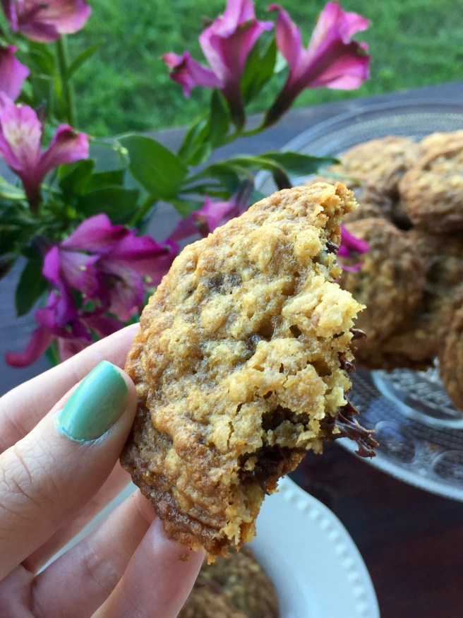Oatmeal Coconut Chocolate Chip Cookies with Hawaiian Sea Salt | The Rose Table