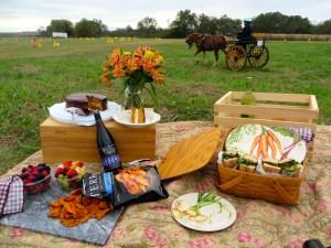 Fall Farm Picnic | The Rose Table
