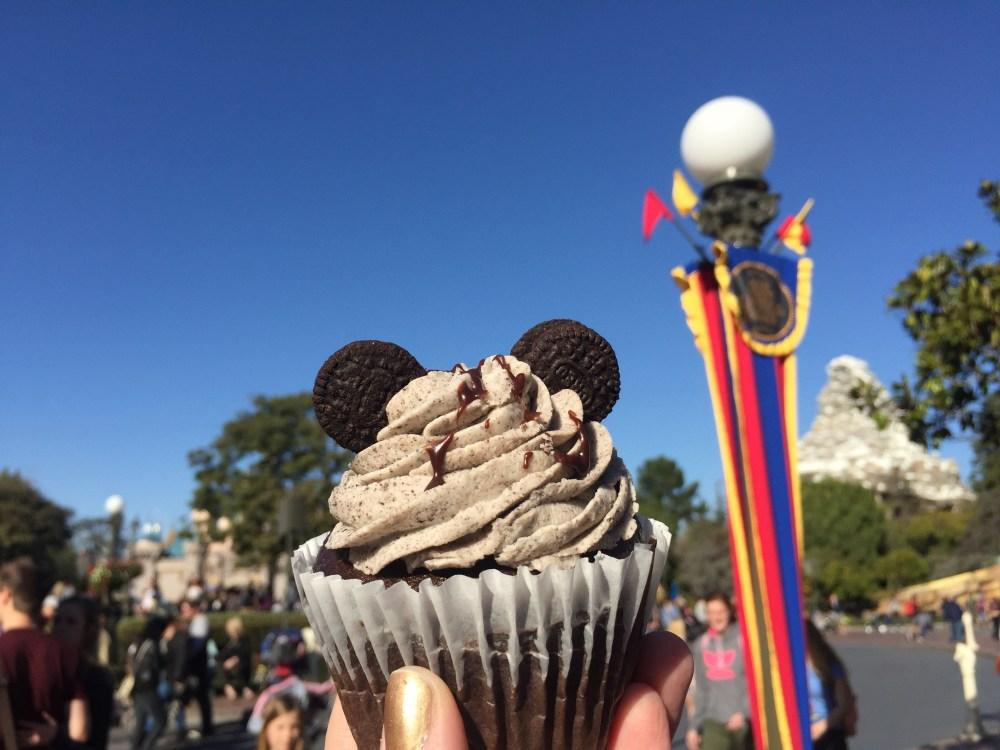 Disneyland Snacks | The Rose Table