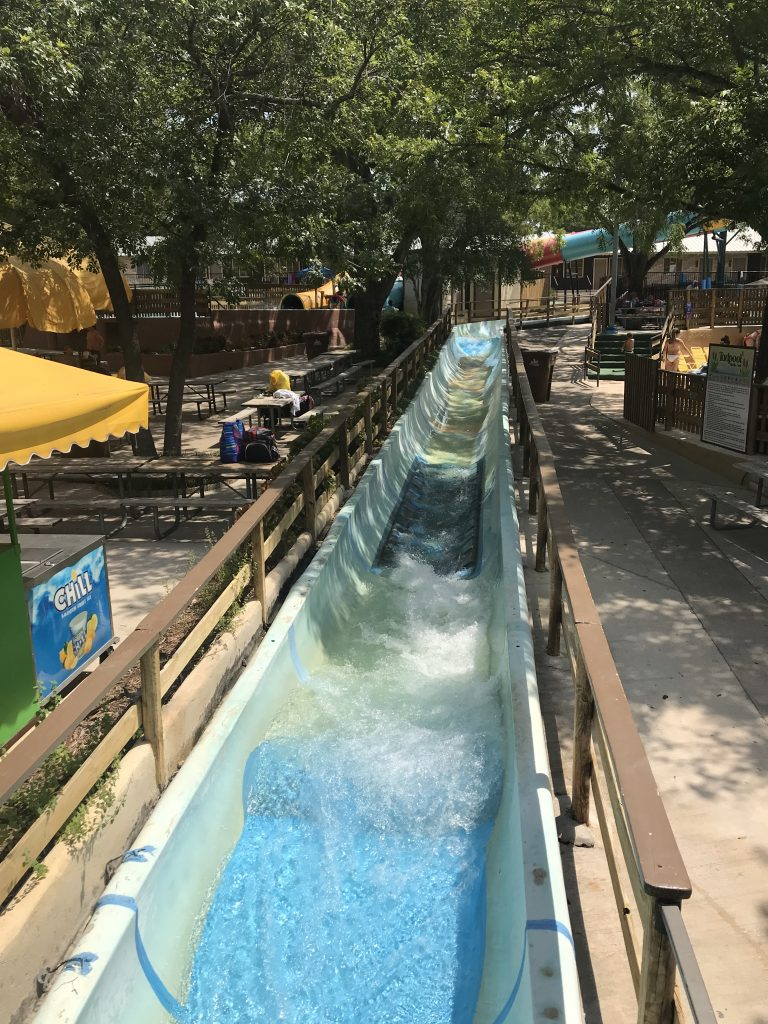 Schlitterbahn | The Rose Table