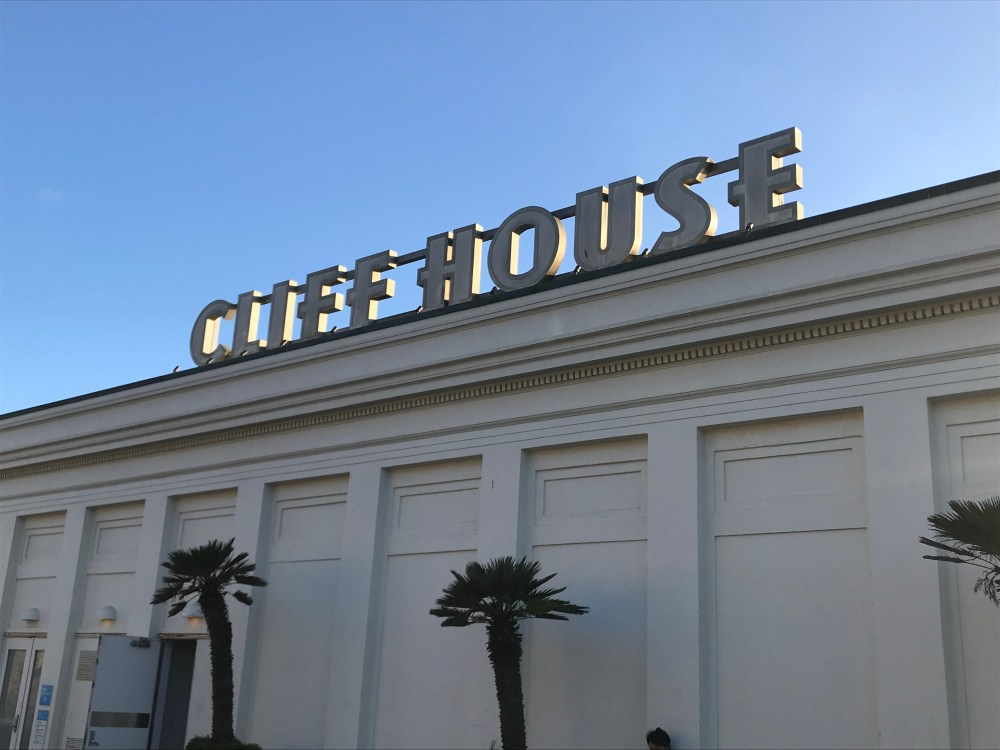 Sutro's at The Cliff House San Francisco Review | The Rose Table