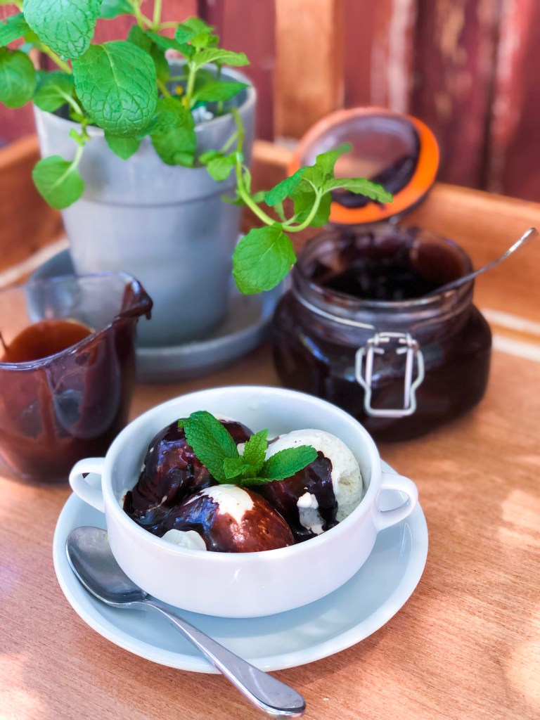 Dark Chocolate Mint Hot Fudge Sauce | The Rose Table